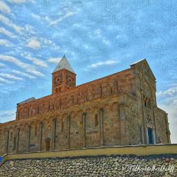 church sky romanic architecture