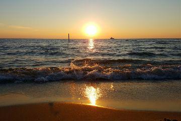 sunset lake waves lakemichigan