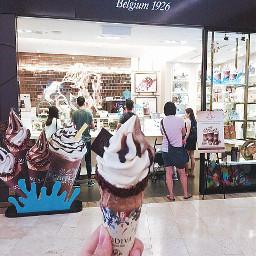 godiva godivatwist icecream icecreamcone belgium